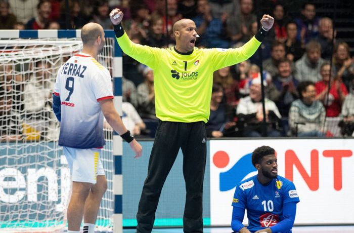 Nach Herzinfarkt im Training: Portugals Handball-Nationaltorwart Quintana gestorben